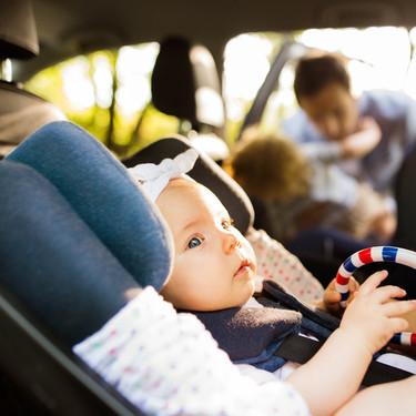 Las sillas de coche deberán integrar obligatoriamente una alarma antiolvido en Italia
