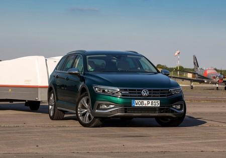 Volkswagen Passat Alltrack 2020 1280 07
