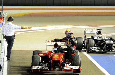 Jenson Button y David Coulthard defienden el paseo de Webber y Alonso en el Ferrari