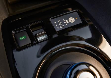 Nissan Leaf 2018 1600 32