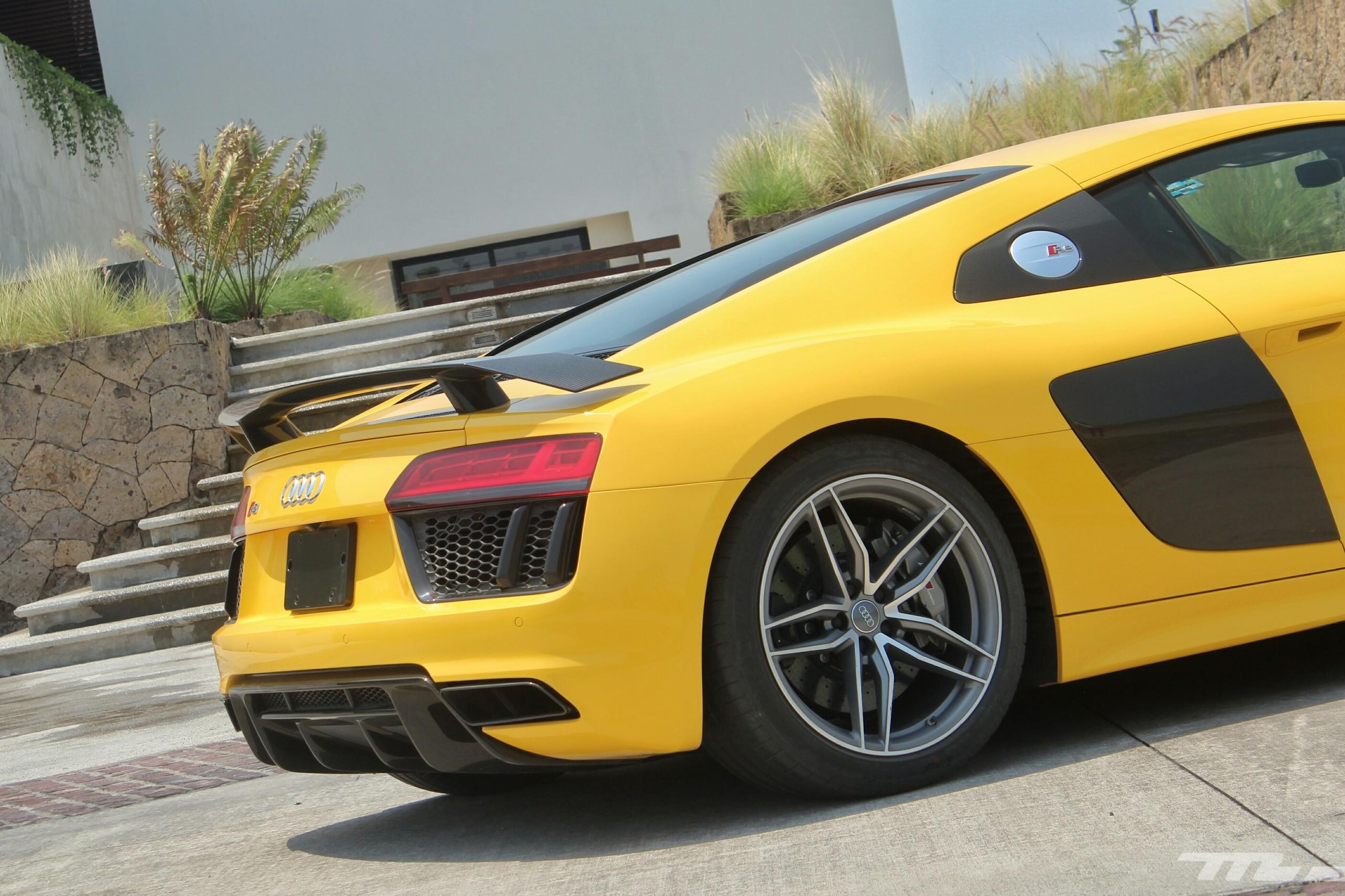 Foto de Audi R8 V10 Plus (15/36)