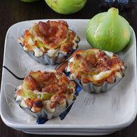 Mini tartaletas de hojaldre con higos y dos quesos: receta fácil de aperitivo