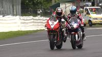 Superbikes Italia 2012: cancelada la primera carrera y el gesto de Carlos Checa con Max Biaggi