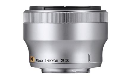 1 Nikkor 32mm