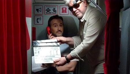 Pedro Almodóvar en el rodaje de