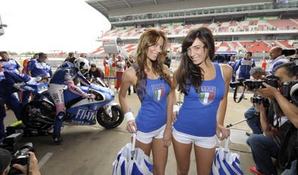 ¿Se habrá desconcentrado Rossi en los entrenamientos de hoy? ¿Por qué será?