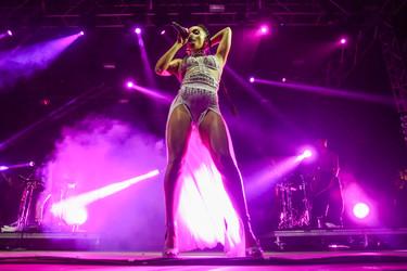 Los 14 looks inolvidables que las cantantes nos han dejado en la historia de Coachella