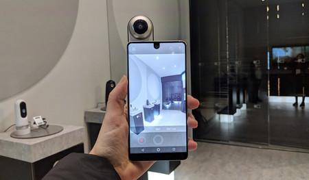 El Essential Phone 2, supuestamente cancelado: otro smartphone 'modular' que muerde el polvo