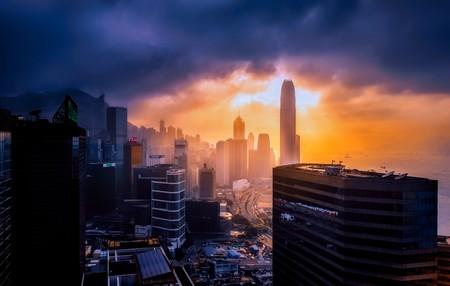 El motivo por el que la divisa de Hong Kong no se ha hundido con las revueltas populares (por ahora)