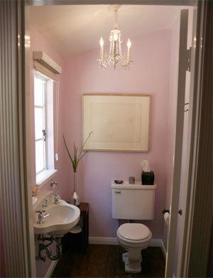 Una buena idea: Decora tu baño como si fuera un salón