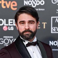 Gorka Lasaosa se enfunda en un smoking burdeos para los Premios Goya 2019