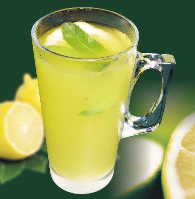 Cinco buenas razones para beber limonada