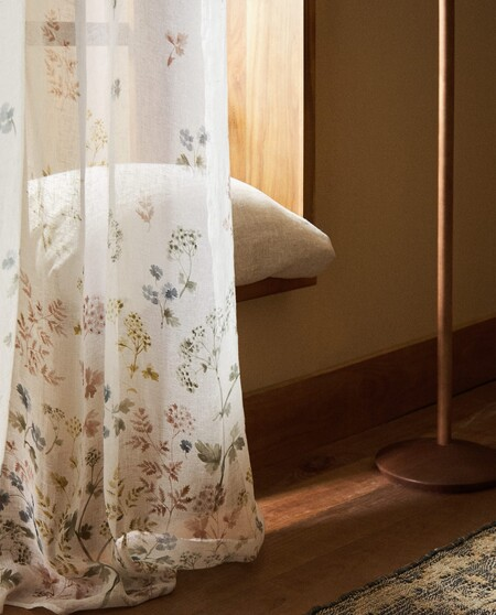 Cortina De Lino Con Estampado De Flores