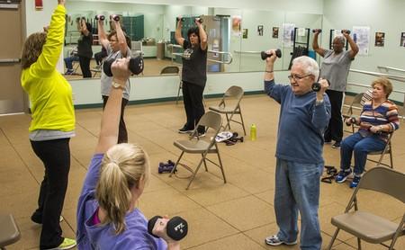 No basta con dejar de ser sedentario: hacer ejercicio vigoroso es necesario para ganar calidad de vida a largo plazo