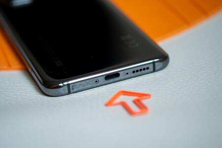 Xiaomi Mi 10t 08 Usb 01