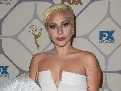 El (difícil) look de Lady Gaga que no se vió en los Emmys 2015, sino en la fiesta de Fox
