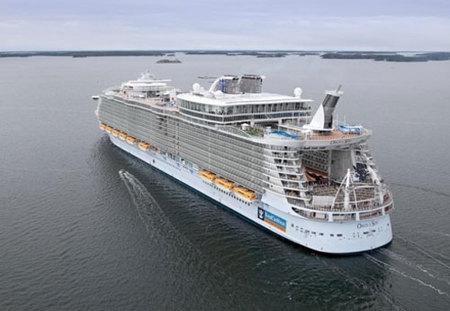 El crucero mas grande del mundo: un resort flotante