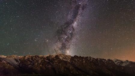 El cielo podría cambiar en el 2022 si chocan estas dos estrellas