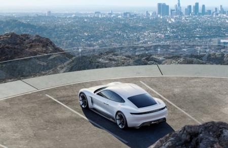 El futuro eléctrico de Porsche será muy parecido al Porsche Mission E