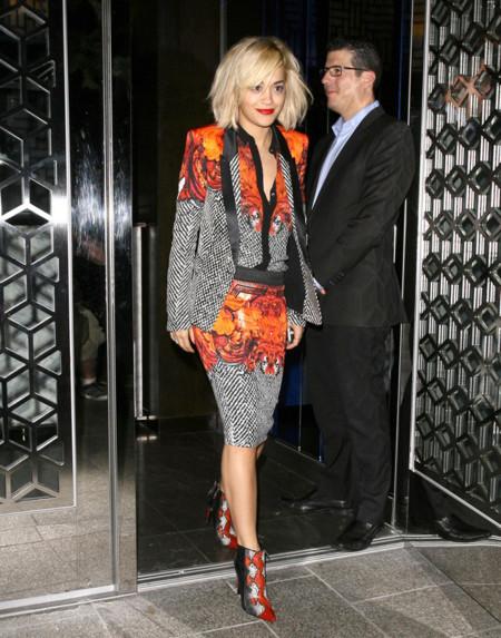 Rita Ora Cavalli look calle