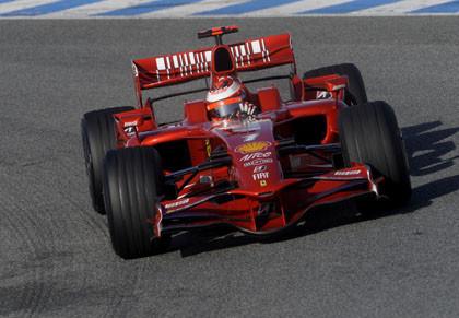 Ferrari y Toyota inician sus pruebas en Bahrein