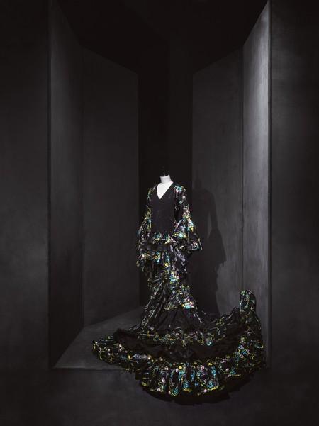Paco Rabanne Vestido De Novia Andaluz Pelo Sintetico De Caballo Coleccion Haute Couture Otono Invierno 1997 Fotografo Jesus Madrinan 1