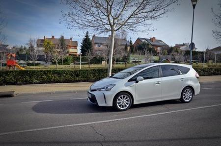 Al volante de un Toyota Prius+. Experimentando el mundo híbrido con la tecnología HSD