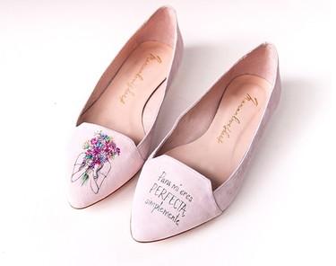 Día de la Madre: unos zapatos pintados a mano para decirle a mamá lo especial que es