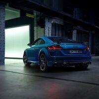 El Audi TT S Line Competition Plus saca músculo por fuera y recibe más equipamiento para los mismos 245 CV, desde 57.630 euros