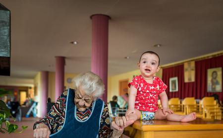 'Generaciones' de Charles Ragsdale, un proyecto para fotografiar a las personas más longevas de España