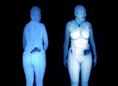 Desnudos en los controles de los aeropuertos europeos
