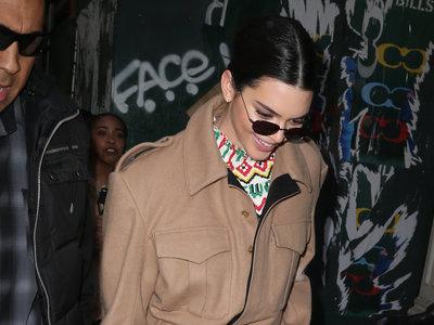 Los looks de street style de Kendall Jenner son únicos y así nos lo muestra por las calles de Nueva York