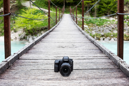 Canon EOS 6D Mark II, Panasonic Lumix G9, Sony RX10 y más cámaras, objetivos y accesorios en oferta: Llega Cazando Gangas