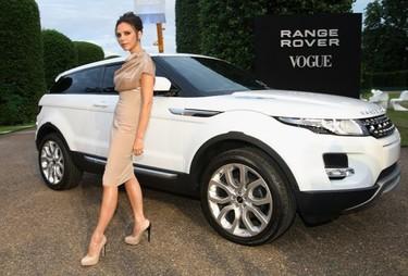 Victoria Beckham calienta motores y se pone a diseñar coches