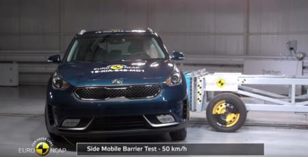 El KIA Niro, Renault Scenic y Toyota Hilux pasan con 5 estrellas las pruebas de la EURONCAP
