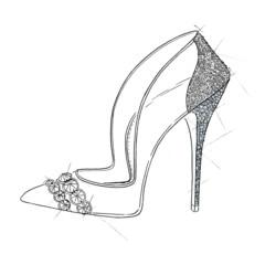 Foto 7 de 10 de la galería christian-louboutin-jimmy-choo-los-zapatos-de-cenicienta-en-version-lujo en Trendencias
