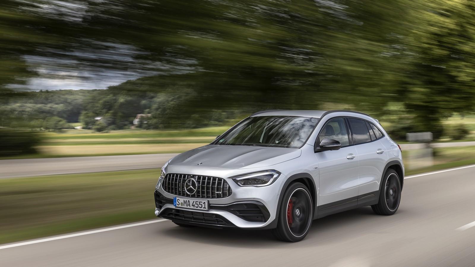 Foto de Mercedes-AMG GLA 45 S 2020 (23/28)