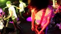 Acuerdo entre Foursquare y Deezer: siete check-ins en conciertos a cambio de tres meses de suscripción