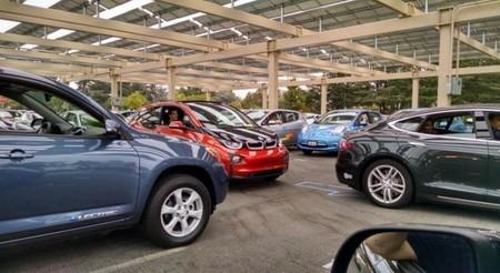 El récord de concentración de eléctricos se mueve ahora hasta Silicon Valley con 507 coches