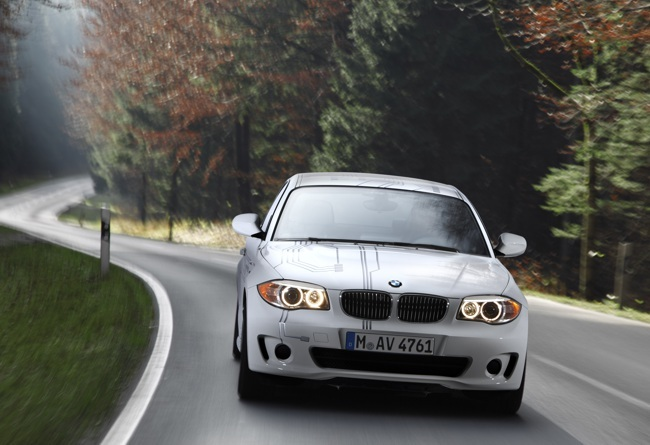 BMW en la carretera