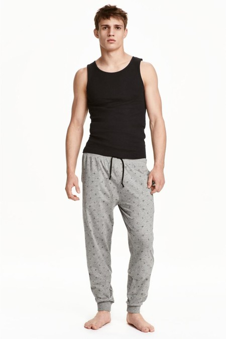 Julian Schneyder H And M Loungewear 001