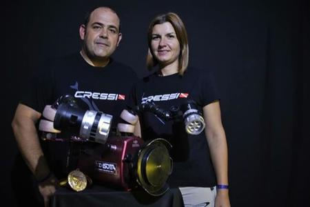 La hija de Héctor Ripolès y Lledó Bernat protagoniza el vídeo submarino ganador del Cevisub 2014