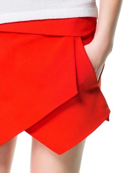 ¿La skort de Zara 10 euros más barata? Sí, en Pull & Bear