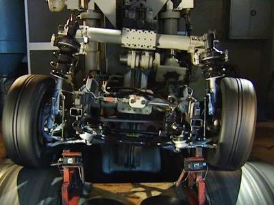 Aunque no lo creas, eso es un BMW M5 E39 y el motivo de que se convirtiera en un coche tan bueno