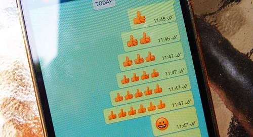 Cómo usar emojis gigantes en WhatsApp