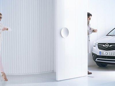 El Opel Crossland X, sucesor del Meriva, ya asoma la nariz
