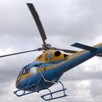 La Justicia corta las alas al helicóptero de la DGT: Pegasus no vale para multar por distancias de seguridad
