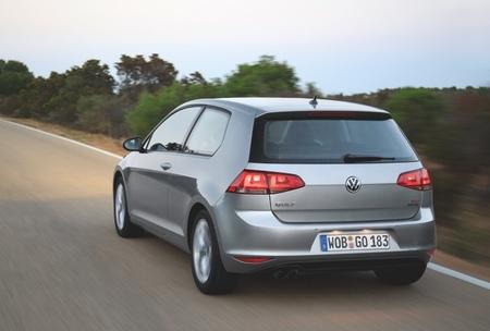 Volkswagen Golf VII Sport tres puertas 08