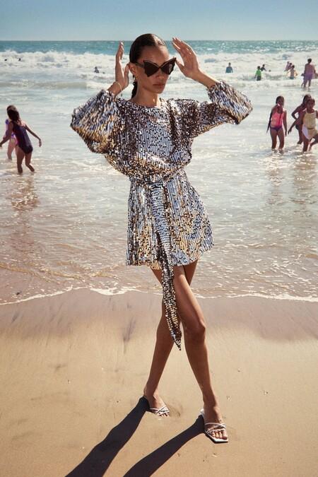 Lentejuelas, satén y lamé: la nueva colección de Zara celebra la llegada del verano y podría convertirse en tu próxima obsesión