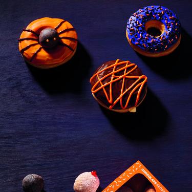 Dunkin Donuts disfraza sus donuts para Halloween... y están para comérselos